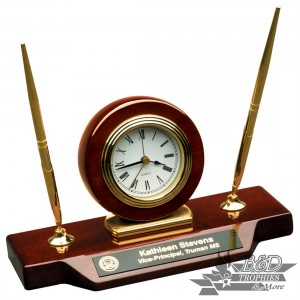 Desk Clock with 2 pens - Rosewood Piano Finish